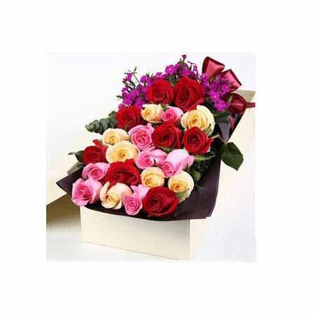 24 Mixed Roses Arrangement