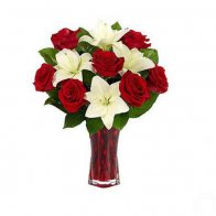 Lilly & Red Roses in Vase