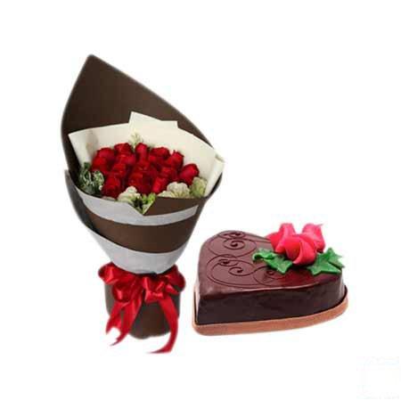 Roses & Chocolate Cake