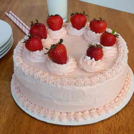 Strawberry Cake Delight
