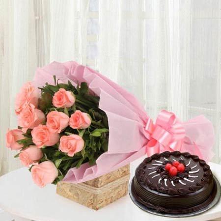 Pink Roses & Chocolate Cake