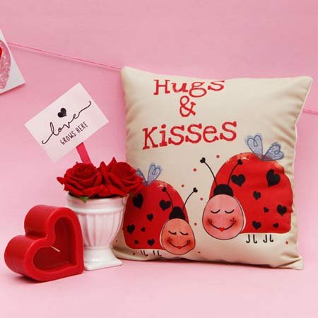 Love in Cushion