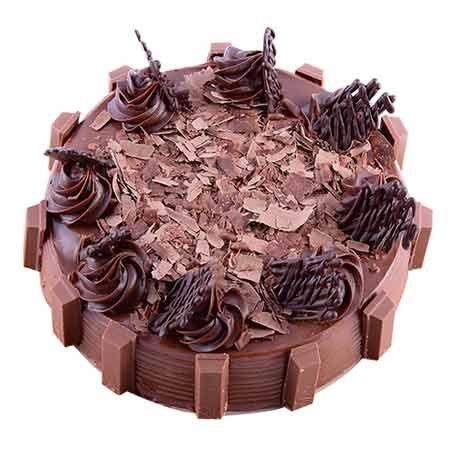 KitKat Chocolate Bliss Cake