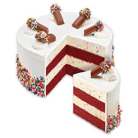 Red Velvet Kitkat Cake