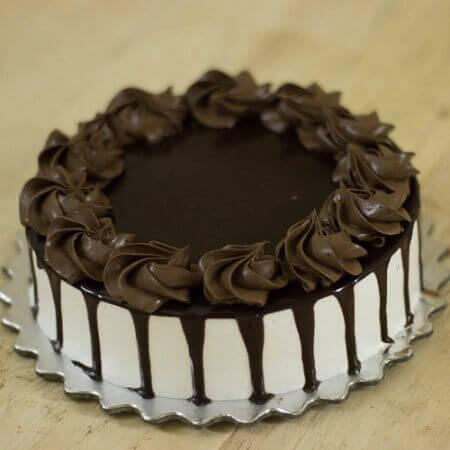 Yum Choco Vanilla Cake
